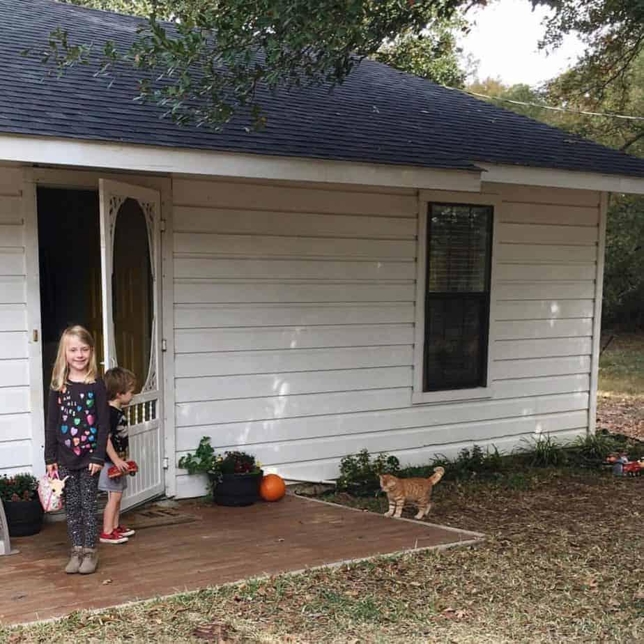 Living Small: A Farmhouse Edition