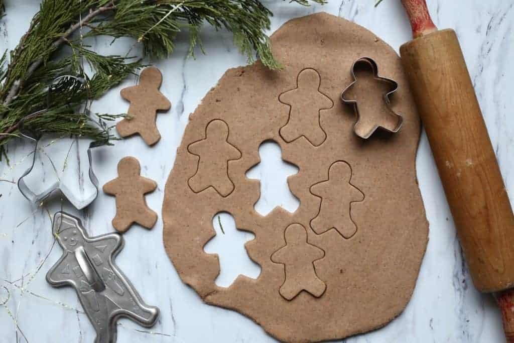 #playdough #gingerbreadplaydough #homemadeplaydough